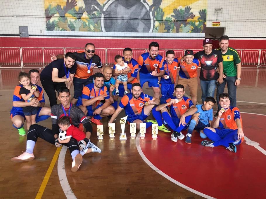 3c0e6d53f9ba9 BRQ goleia e é campeã pela primeira vez do Campeonato de Futsal do Sindpd